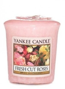 Yankee Candle FRESH CUT ROSES świeca sampler