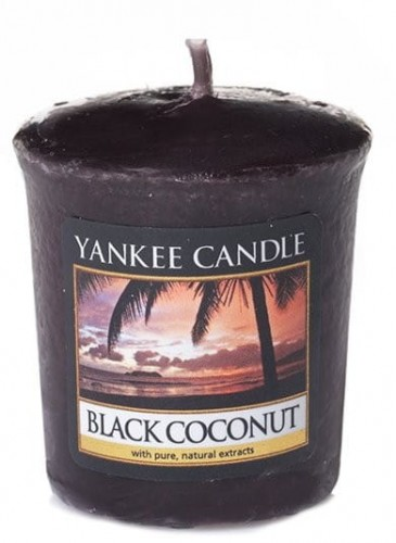 black-coconut-votive-1.jpg
